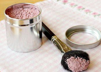 Bronze-powder-summer-makeup-idea