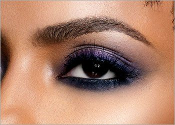 Eye makeup tips for dark women