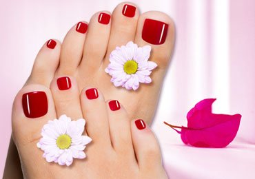 How to Do a Pedicure at Home With Some Easy Steps?