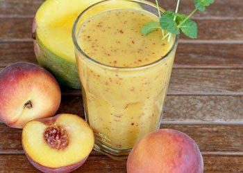 Peach-smoothies