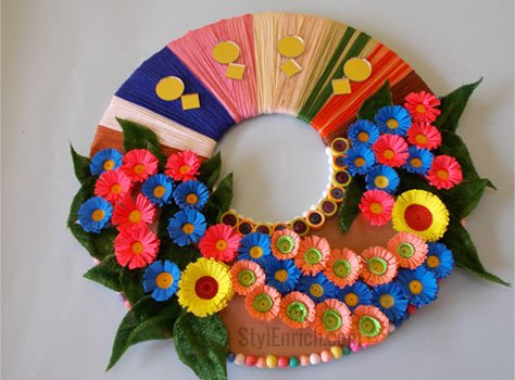 Wall decor ideas using using best out of waste for Simple craft work using waste materials