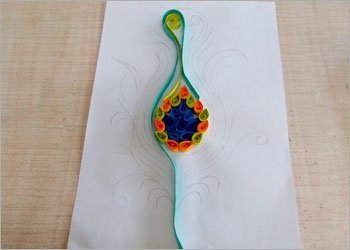 Peacock-feather-quilling-wall-decor