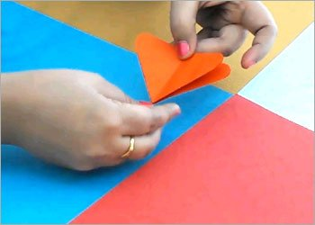 Easy-origami-butterfly-making