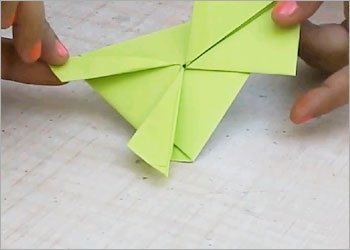 Jumping frog paper craft