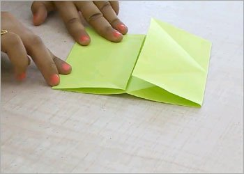 Origami frog kids craft