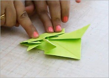Origami jumping frog craft
