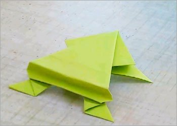 Paper jumping frog art craft