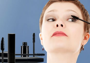 How to Apply Mascara Perfectly : 8 Foolproof Mascara Application Techniques!