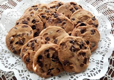 Easy Christmas Cookies : Sinful Homemade Chocolate Chip Cookies that Melt in Your Mouth!