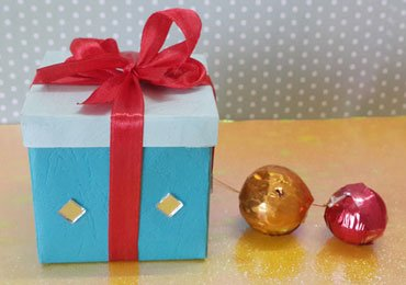 Handmade Gift Box : How To Make an Easy Paper Gift Box in 5 Minutes!