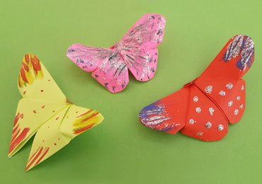How to Make an Easy Origami Butterfly?