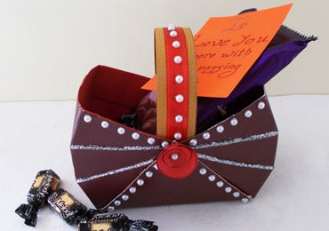 Handmade Gift Ideas : How to Make an Easy DIY Paper Box