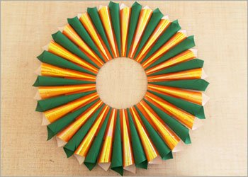 Paper-wreath-diy-craft-ideas
