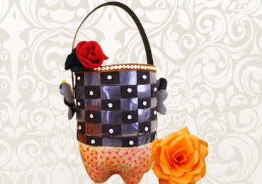 Recycled Crafts : How to Make a Basket from Wasted Plastic Bottle!