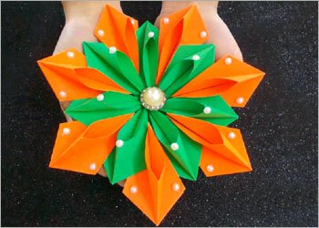 Origami-flower-diy-room-decor-craft
