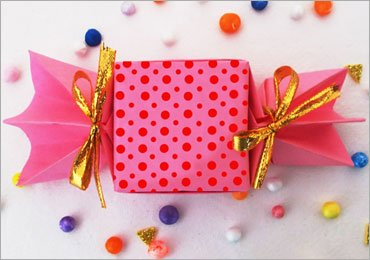 Origami Candy Box : Let's Make Cute And Easy Origami DIY Craft For Kids!