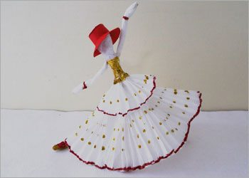 Dancing doll crepe paper crafts