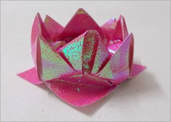 Diy-crafts-origami-lotus