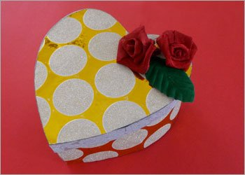 Diy heart shaped box