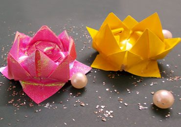 DIY Origami Crafts : How to Make an Easy Origami Lotus!