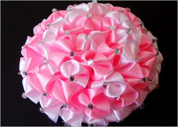Diy-kanzashi-flower-hair-accessory-for-girls