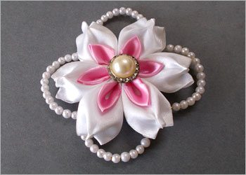Satin-ribbon-flower-diy-handmade-craft
