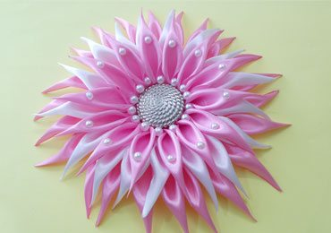 DIY Kanzashi Dahlia Flower With Beads