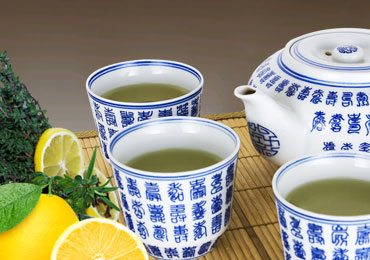 Weight Loss Drinks : Try Green Tea and Lemonade for Weight Loss