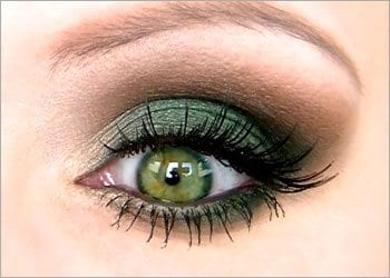 Green-eyeshadow