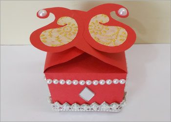 Handmade-decorative-gift-box