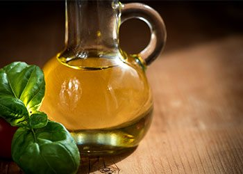 Olive-oil-home-remedies-for-wrinkles-on-face