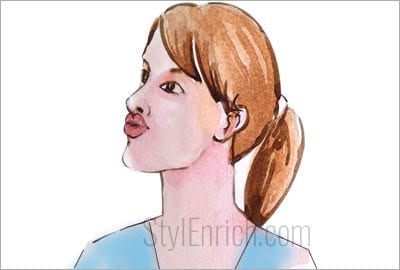 Lips-pull-to-lose-weight-in-face