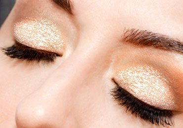 Best Ways to Use Glitter : How to Apply Glitter Eyeshadow Step by Step…