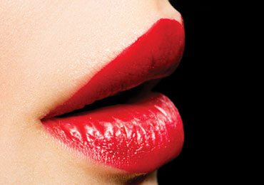 Learn How To Apply Lipstick Step by Step?