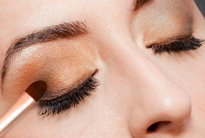 Apply darker eye shadow on corners