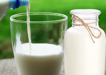 Surprising Benefits of Goat Milk for Health, Skin and Hair!