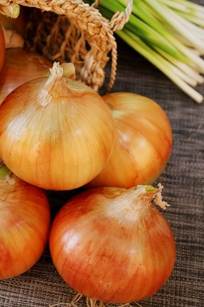 Raw Onion Solution For Hair Growth