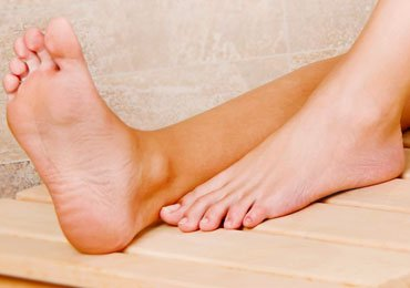 How to Fix Dry Feet