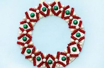 Easy Christmas Wreath Using Pasta