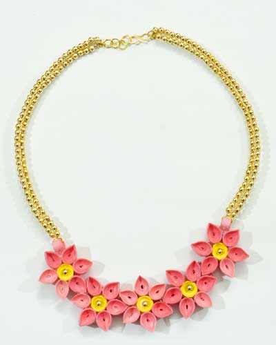 Quilled Paper Necklace DIY Craft