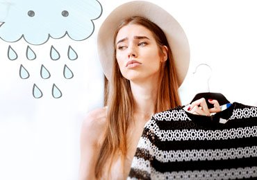 Remove Smell On Clothes In Rainy Season