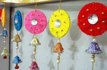 DIY Door Hanging Using Old Bangles