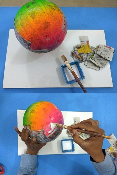 Paint the ball with glue solution