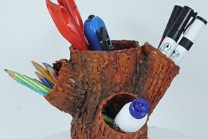 Recycled craft pen stand from old plstic bottles